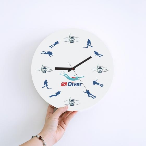 Wall Clock Gifts for Scuba Divers - Scuba Diver